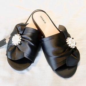 Torrid black sandals